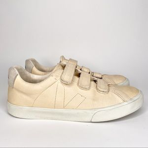Veja Pink Sneakers V Lock Leather Suede Athleisure